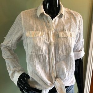Eddie Bauer linen blend long sleeve button up